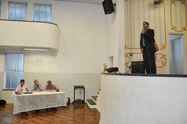 Secretário de Governo prestigia apresentação de TCC da Etec