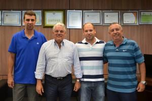 Prefeito Antonio Tuíze e secretário municipal de Esportes, Carlinhos Bertagnolli, com representantes da CBDV (Confederação Brasileira de Desportos de Deficientes Visuais)