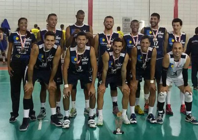 Equipe ituana de Vôlei Masculino, medalha de bronze nos Jogos Regionais 2015.