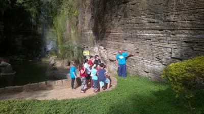 Nos dias 20, 21 e 22 de julho, o Parque Geológico do Varvito recebe sua primeira Colônia de Férias com gincana, caça ao tesouro, dança circular e noções sobre a geologia do parque para crianças de 10 a 13 anos previamente inscritas.