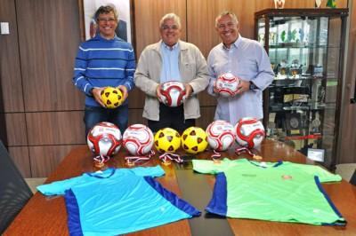 28_08_2015_kit_materiais_esportivo