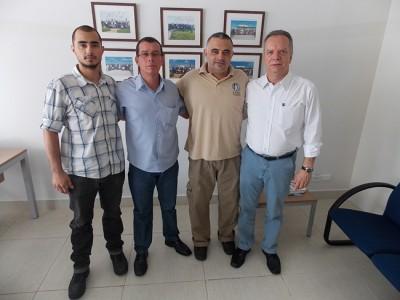 Legenda: (esquerda para a direita) instrutor Lucas, instrutor e GCM Reinaldo Almendro, mestre Nogueira e coronel Marco Antonio Augusto.