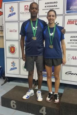 O técnico da equipe ituana, Evaldo Moraes e a atleta Natália Munhoz - 4º lugar na disputa das Duplas Livres.