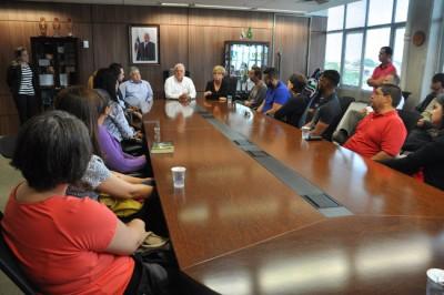 Novos servidores públicos participam de integração no gabinete do prefeito
