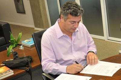 assinatura de acordo de cooperação para obras de recuperação do conveção de Itu