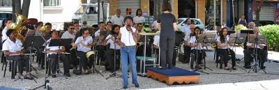 A cantora Rose da Sambrasil participará de algumas canções do repertório