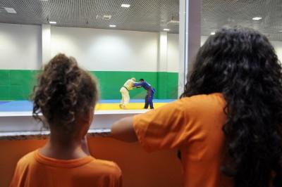 Alunos do Cemada participaram da visita ao Centro de Treinamento