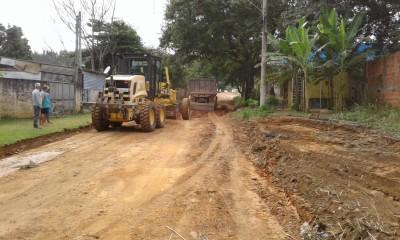 A Secretaria de Serviços Rurais está em ação emergencial, recuperando as vias vicinais de Itu