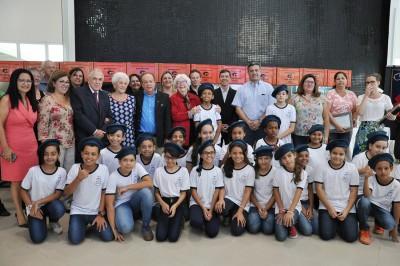 """Os alunos da escola """"Convenção de Itu"""" participaram da cerimônia"""