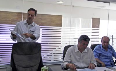 Prefeito Guilherme Gazzola acompanhou a reunião na sede da CIS