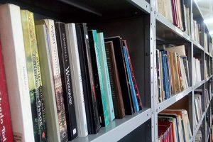 biblioteca 02